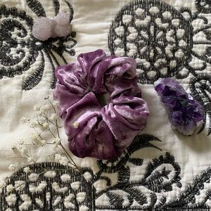 Light purple scrunchie